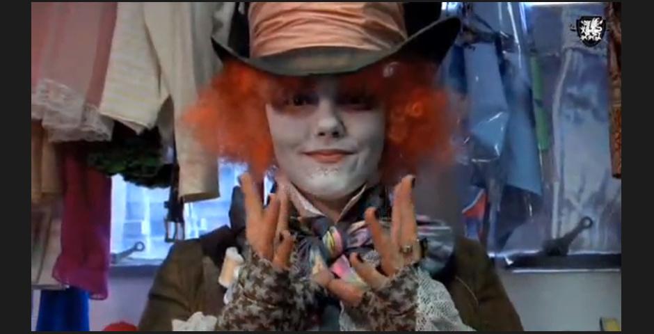 Webby Award Nominee - ThreadBanger: Mad Hatter Costume, Tim Burton\'s Alice in Wonderland
